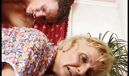 Jan Burton Britische deutschsprachige sexfilme kostenlos Reife spielt mit ihrer Fotze