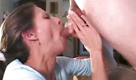 Pussy reiben mit Spritzen auf große Brust MILF deutsche pornofilme download