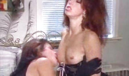 Riesiges Ebenholz deutsche amateure pornofilme saugt und laktiert.