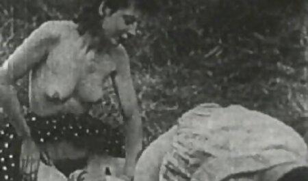 Atemberaubende brünette Webcam deutsche sexfilme gratis sehen Striptease