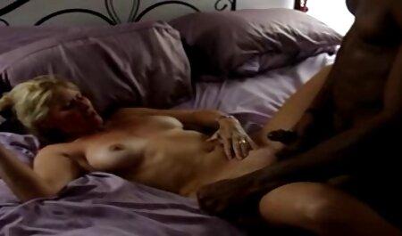 StrapOn Rachel Evans steckt ihren deutsche kostenlose sex filme Pferdeschwanz-Freund fest