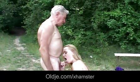 Die blonde Hure hat deutsche pornos free wenig Geld