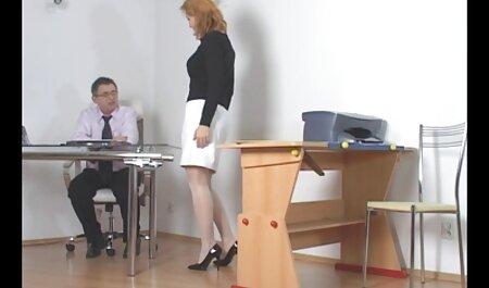 Floppy und kostenlose deutsche sexfilme flexible Cam Girl